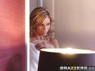 Brazzers - Hot and Mean - Nicole Graves Ryan Keely - Perks of the Penthouse Suite