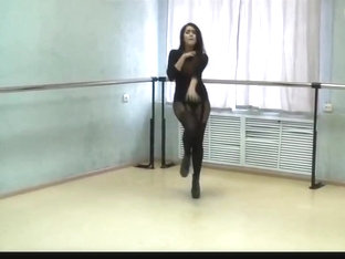 Extremly hot girl in sexy pantyhose and high heels dancing