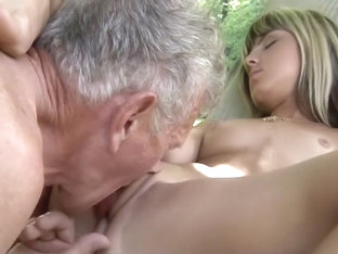 Sex first time pain